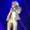 Hier soir pour son avant dernier spectacle à Las Vegas avant la première date de la tournée le 26 juin, celine à fait une sorte de répétition générale sur scène avec les nouvelles chansons et les tenues !!!