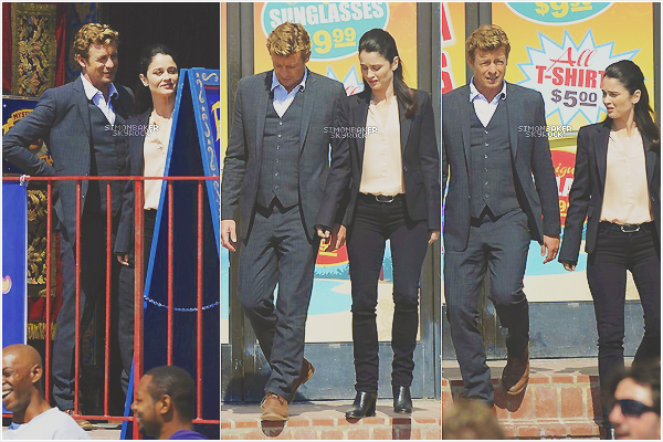 03.04.13      Simon et Robin Tunney sur le set de « The Mentalist » à Los Angeles.