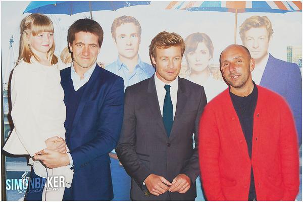 08.04.13 Simon à la première de « I Give It A Year » au cinéma UGC à Paris.