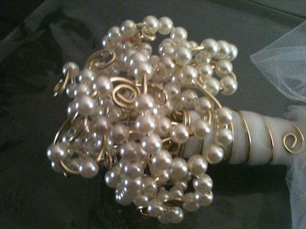 Le bouquet de perles de Cindy : demoiselle d honneur.