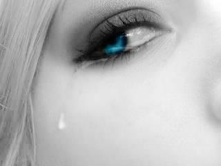 """""""les yeux qui n'ont pas pleuré ne voient rien"""""""