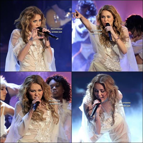 . Le 6 Novembre 2010 : Miley dans l'émission Wetten Daas en Allemagne , pour regardez sa performance en vidéo , cliquez ici.  .