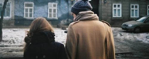 .  « Ce que j'ai aimé, que je l'aie gardé ou non, je l'aimerais toujours. »   André Breton.