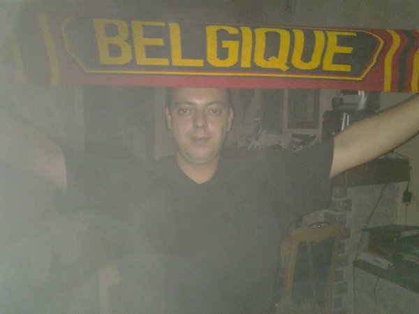 Brasil 2014 - Serbie vs Belgium - Dan supporte les Diables Rouges