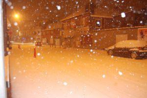 Mouscron: les routes rendues glissantes à cause de la neige