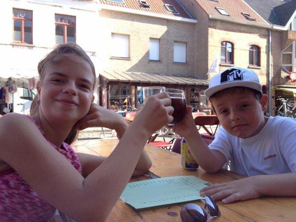 22.08.2015 - En famille à la côte de Westende