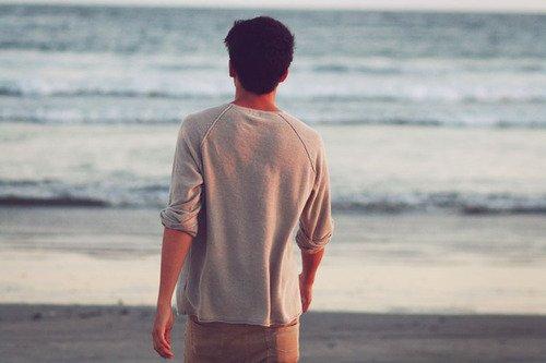 000  Tu sais a chaque fois qu'on se quitter, à chaque au revoir au pied de ta porte  je me disais , que c'était pour mieux se retrouver  mais  depuis quelques temps , les au revoir ont un gout amer, je me retourne en me disant que c'est peut être la dernière fois, je suis tellement peut sur de tes sentiments .. Sa me terrifie   000