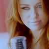 Miley Cyrus & Nick Jonas / «Debout sous la pluie, j'ai besoin de savoir si c'est fini...» - Before The Storm (2010)