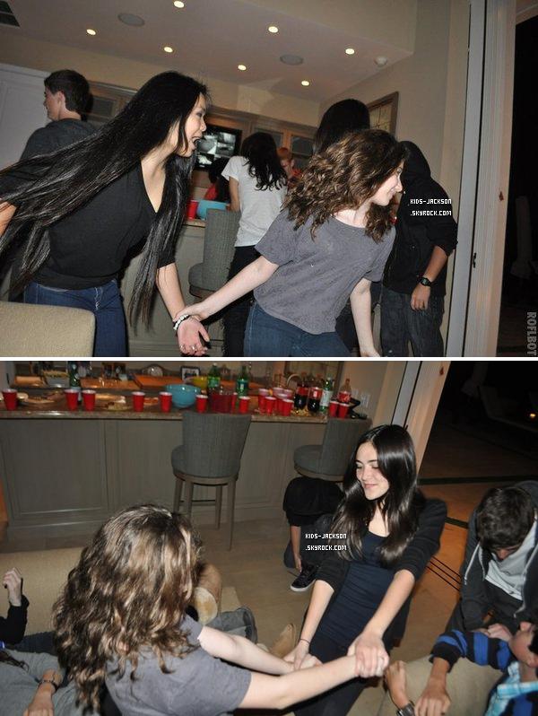 * *___/05/02/2011//__Prince à une soirée avec ses amis et ensuite en voiture en revenuant de cette fête !*