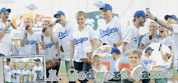 ♦ HellOfAFire.skyrock.com _______   « 12 juin 2014 : L.A. Dodgers Game » → Création Décoration Texte