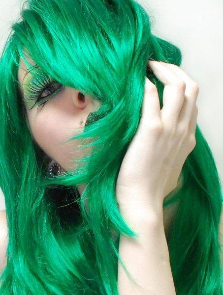 Couleur de cheveux bleu vert