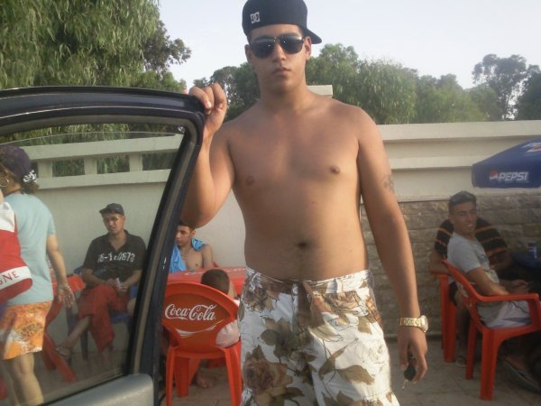 """"""""""""""""""""""""""""""""""""""""""" Me KinG Ad summer 2010 me and my best friend """""""""""""""""""""""""""""""""""""""""""