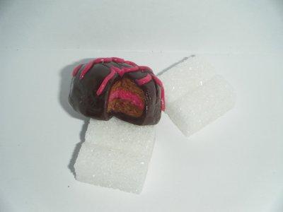 Pendentif Gâteau fourré
