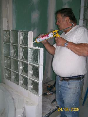 le mur de briques de verre de ma salle de bains de rêve !! - la p ... - Brique De Verre Salle De Bain