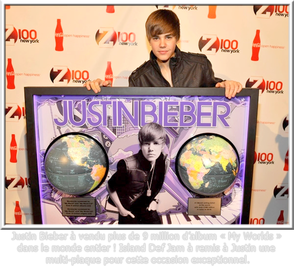 """1O th December . Une récompense pour Justin ! . » Une nouvelle récompense pour Justin qui a vendu plus de 9 millions d'album ( My world ) dans le monde. Chapeau pour le jeune prodige ! Après cette satisfaction, Justin est allé au Madison Square Garden pour les """"Z100′s Jingle Ball 2010"""". Kim Kardashian, Sean Kingston et Selena Gomez étaient présents eux aussi.."""