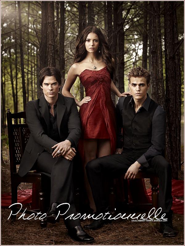 .  Nouvelle photo promotionnelle pour la saison 2 de The Vampire Diaries .   J'adore ! Vraiment magnifique .  .