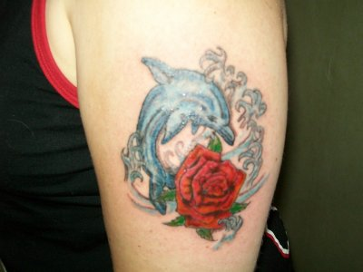 dauphin +rose - eric-tattoo