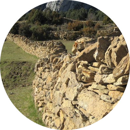 La pierre sèche : patrimoine culturel immatériel de l'humanité par l'UNESCO.