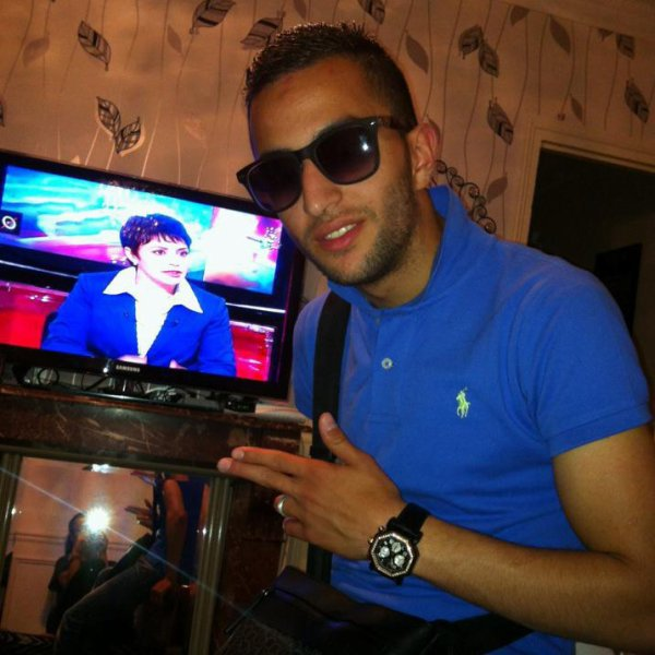 ALL EyeS On Me Moii PiiTcHOu ABDeLou