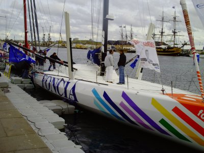 nouveau IMOCA 60 pierds de MICHEL DEJOYEAU