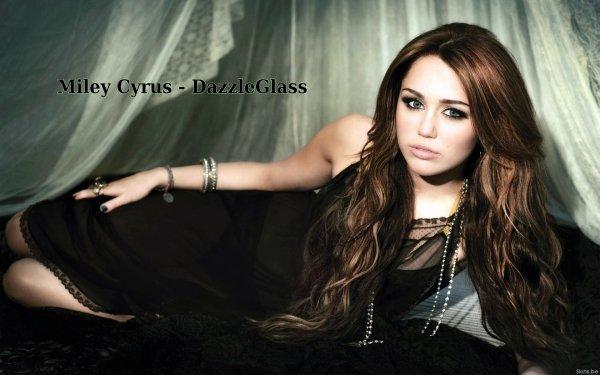 Miley Cyrus Wallpaper 2011 ♥