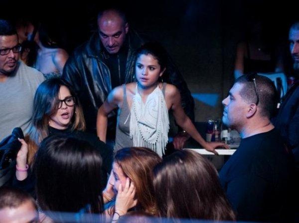 Selena Gomez en Boite de nuit