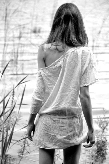 ne tourne pas le dos aux gens que tu aimes sous prétexte qu'ils t'ont fait souffrir ! Prouves leur que tu vaut mieux que ça !