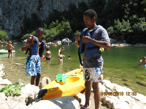 moi avc mon pere pour se préparer a faire du canoé-kayak