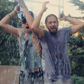 Ice bucket challenge : Bill et Tom