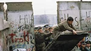 25 ans chut du mur de Berlin!