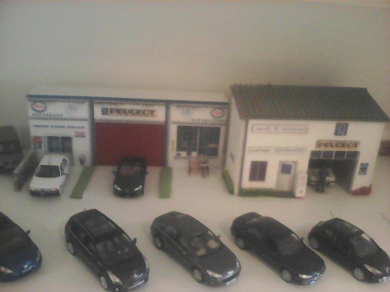 Diorama garage peugeot 1 43 miniatures 1 43 et 1 18 for Garage peugeot gonneville sur honfleur