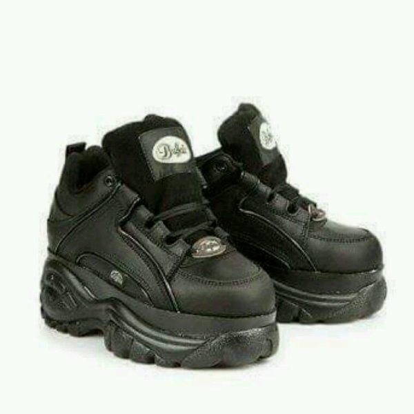 Aime bien les chaussures la