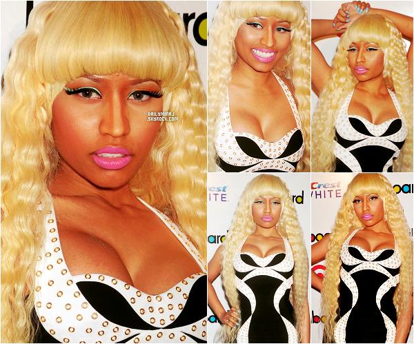 Event, 02/12/11: Nicki Minaj présente sur le tapis rouge des « Billboard's Women in Music 2011 ».  Nicki a reçu comme prévue l'award de l'étoile montante de 2011. J'aime beaucoup sa tenue et sa perruque elle était superbe TOP.