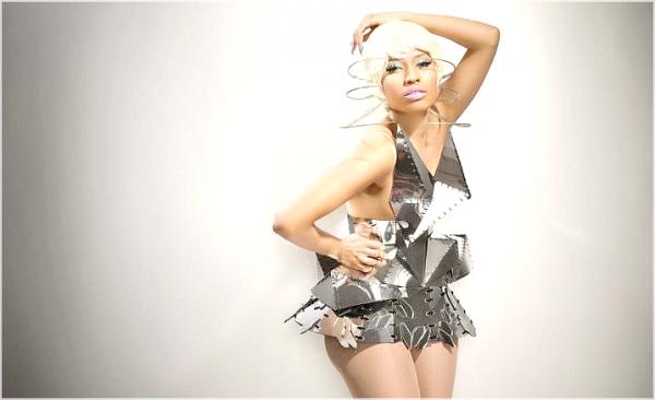 * Vidéo : Birdman offrant à Nicki une montre lors du Tournage de Y.U.MAD. *