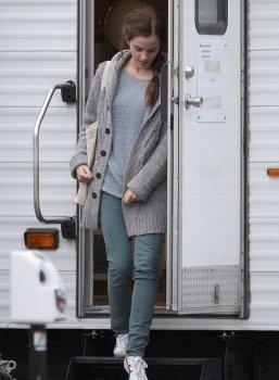 Emma quittant le tournage de Noah + une petite vidéo d'Emma