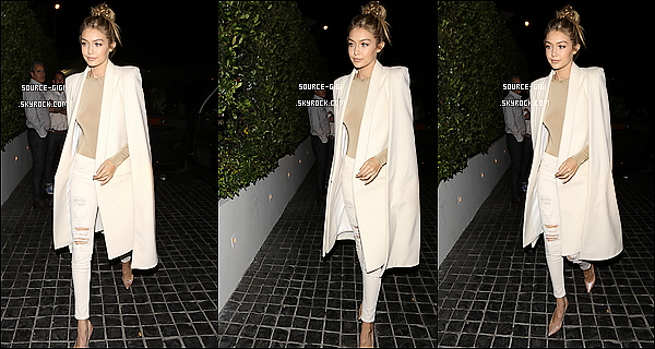 - 19/11/2015 : Gigi Hadid se rendant dans le restaurant  Cecconis à Los Angeles -