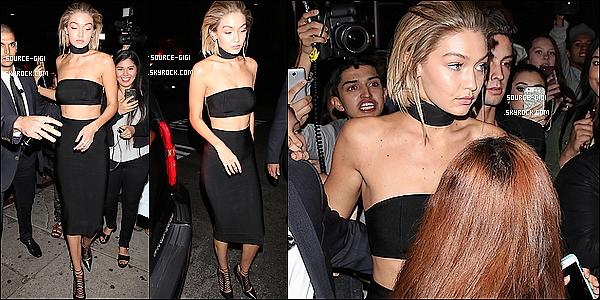 - 22/11/15 - Gigi Hadid était invitée à la soirée des « American Music Awards 2015 »  à Los Angeles. -