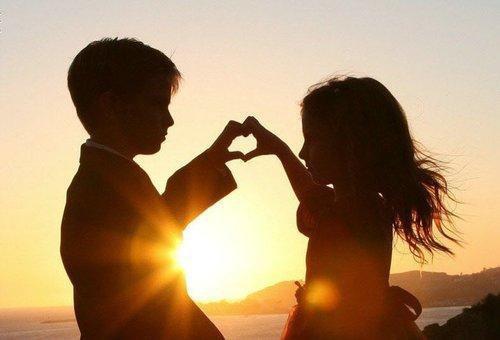 Il n'y a pas de plus beau coeur que celui d'un enfant, et il n'y en a pas de plus mauvais que celui qui le brise.