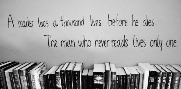 Lire c'est vivre en pleine lumière.