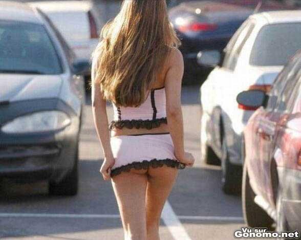 exhib sans culotte fille sexy skyrock