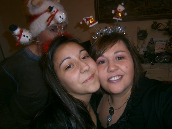 NOEL 2011 EN FAMILLE ........QUE DU BONHEUR !!!!!!!!!!!!!!!!!
