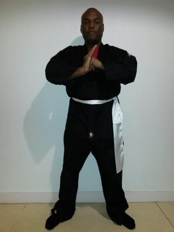 Moi en mode kung fu ( viet vo dao )