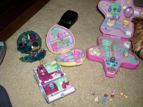 Vintage Polly Pockets Opened :)