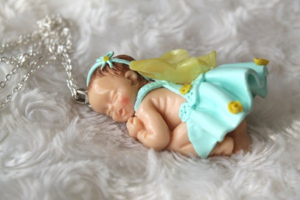 Collier sautoir b b endormi petit papillon en p te polym re fimo blog de tom fimo creations - Bebe en pate fimo ...