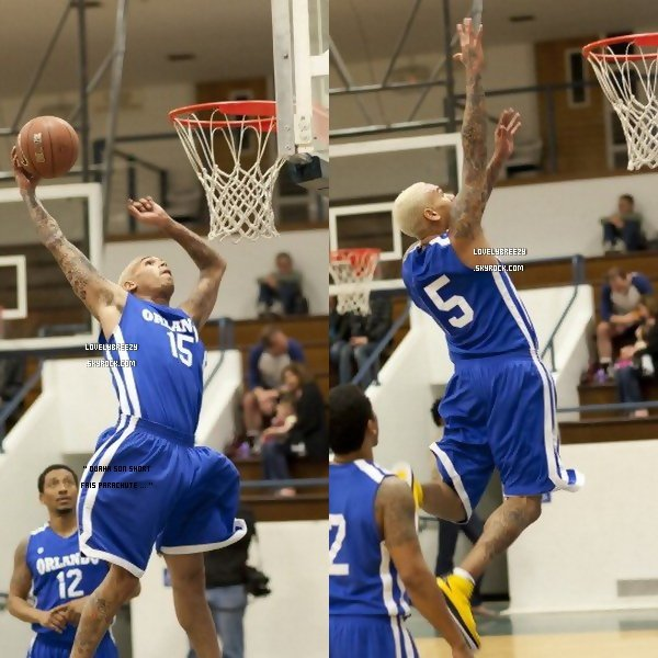 Chris Brown fais une partie de basket
