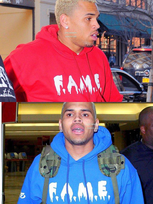 T-Shirt F.A.M.E a acheter en Bleu & en  Rouge