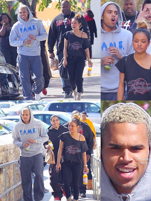 Chris Brown vu après son déjeuner