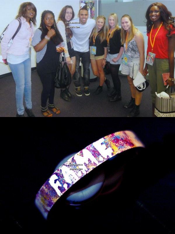 1er photos Meet & Great avec ces fans de Sydney , 2éme photo casque personnaliser par Sofreezy