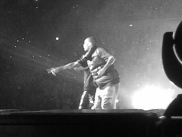 Chris Brown au concert de Justin Bieber
