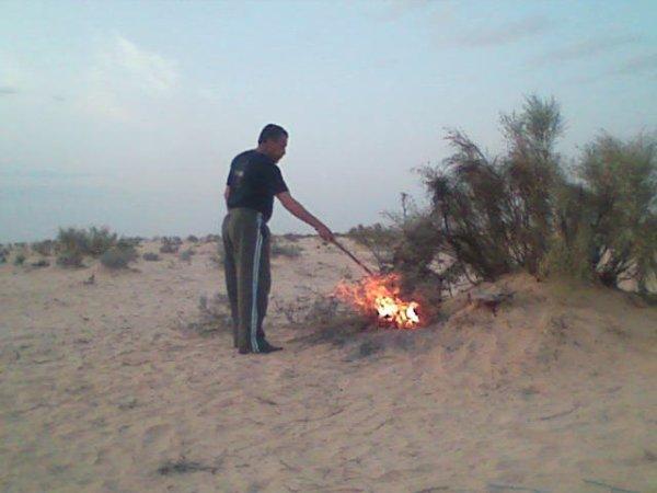 nos  amis de tunisi dans le desert         !!!!!!!!!!!!!!!!!!